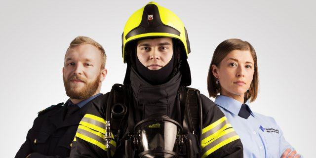 Pelastaja-, hätäkeskuspäivystäjä- ja päällystöopiskelija.